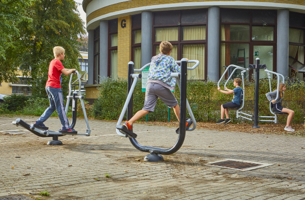 Kids edition outdoor fitness